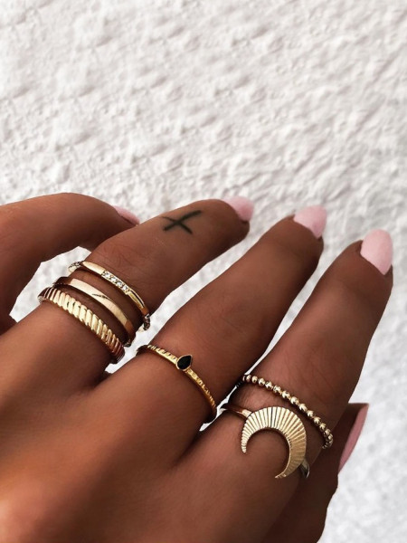 Zestaw 6 pierścionków złote