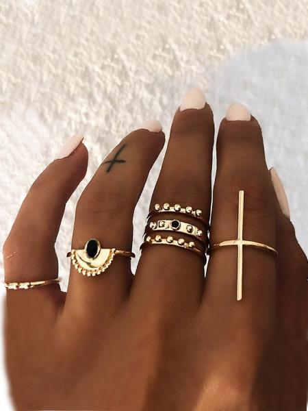 Zestaw 6 złotych pierścionków