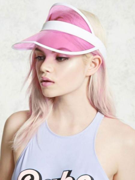 Transparentna czapka z daszkiem