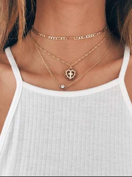 Naszyjnik delikatny heart cross złoty