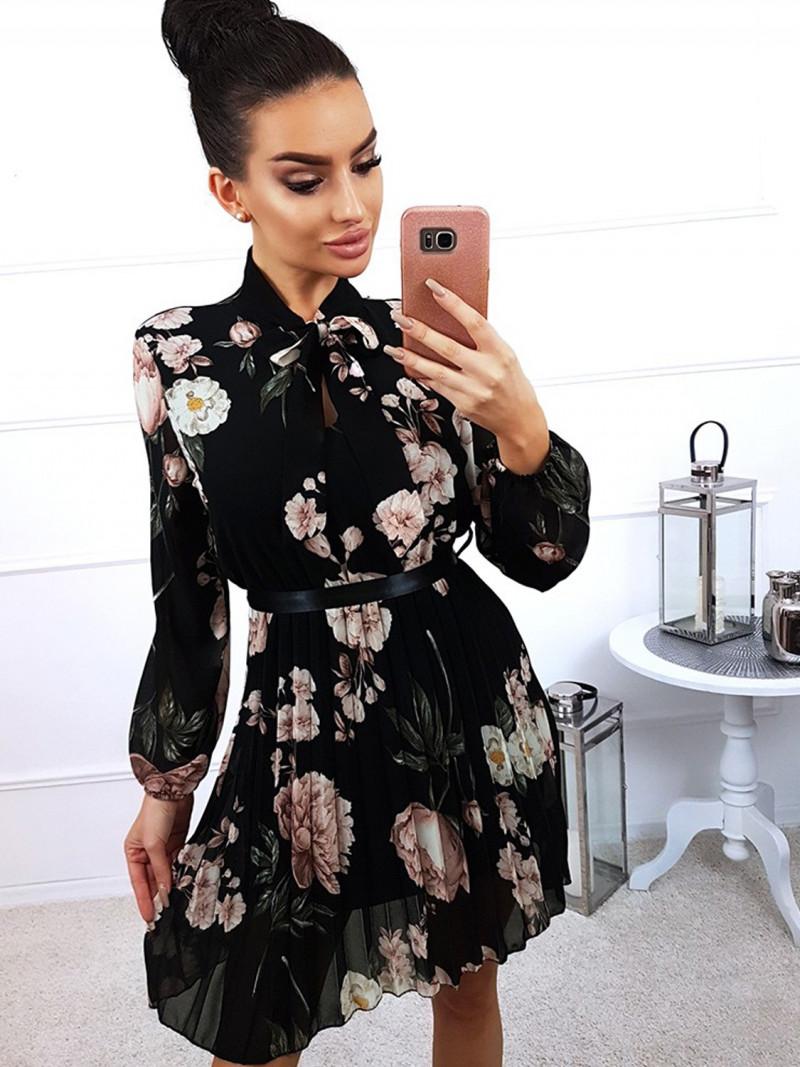 Kobieca sukienka w modny print NADILA
