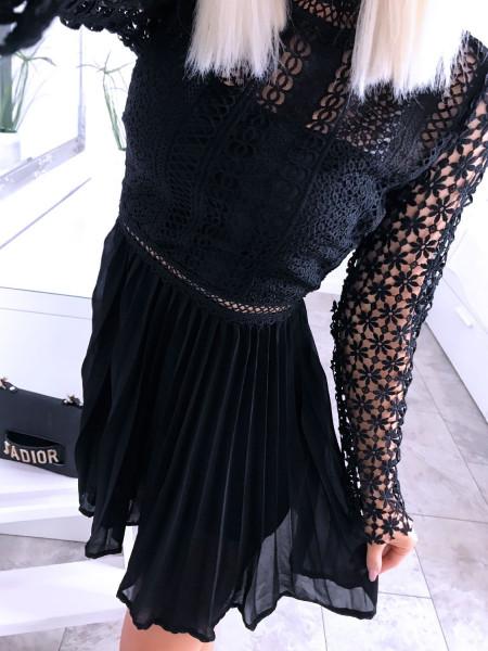 Rozkloszowana koronkowa sukienka STELLA