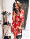 Plisowana sukienka w kwiatowy print - MAGNOLIA - malina