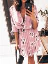 Plisowana sukienka w kwiatowy print - MAGNOLIA - pudrowy róż