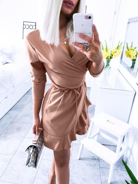 Przekładana sukienka z falbaną TORREY - karmel